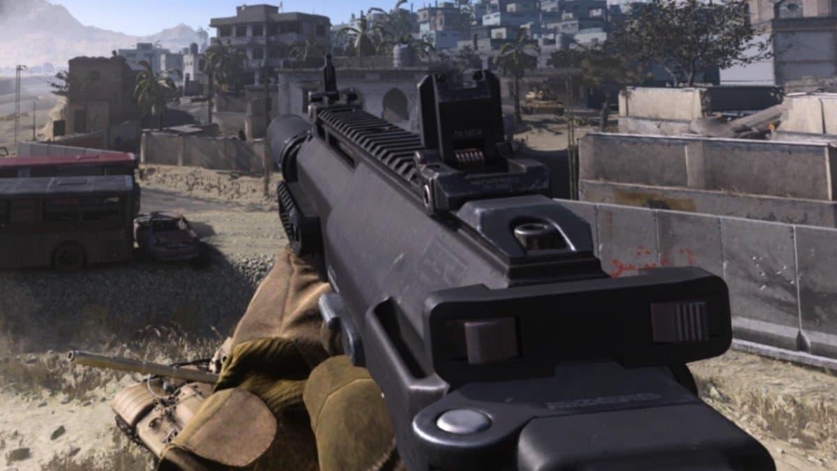 La mejor clase para arrasar con la MP7 en la temporada 4 de Warzone